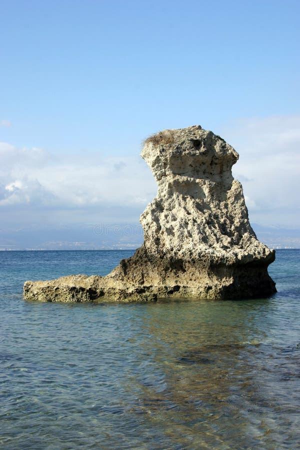 Roca del mar fotografía de archivo