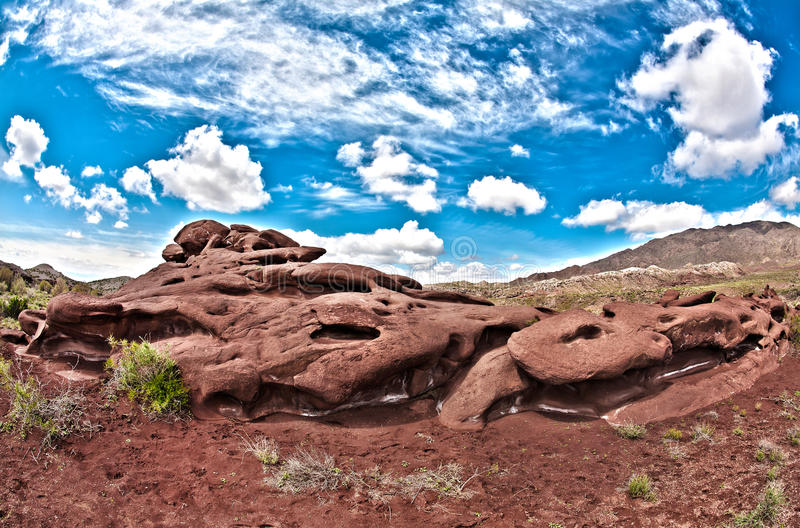 Roca del Tau de Kattu en Altyn Emel Kazakhstan fotografía de archivo