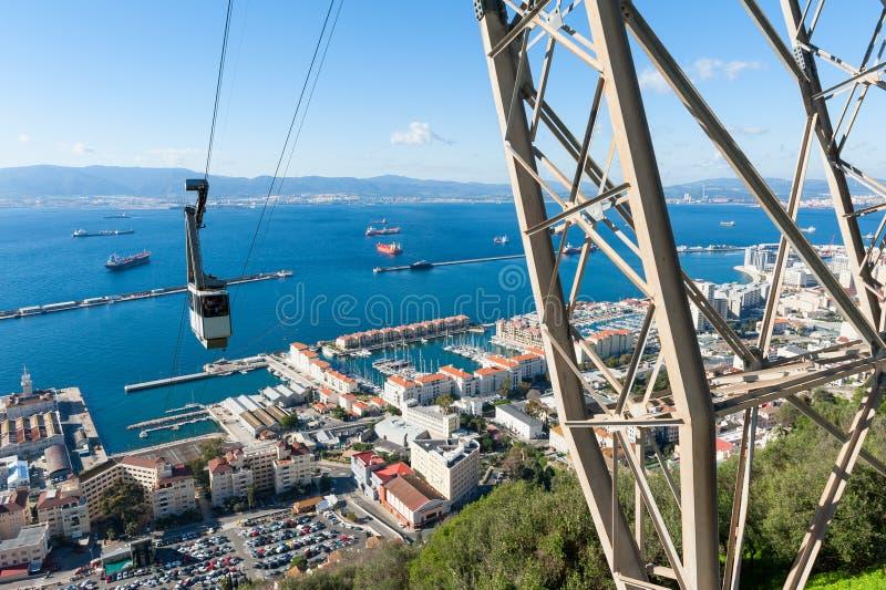 Roca inminente del teleférico de Gibraltar foto de archivo