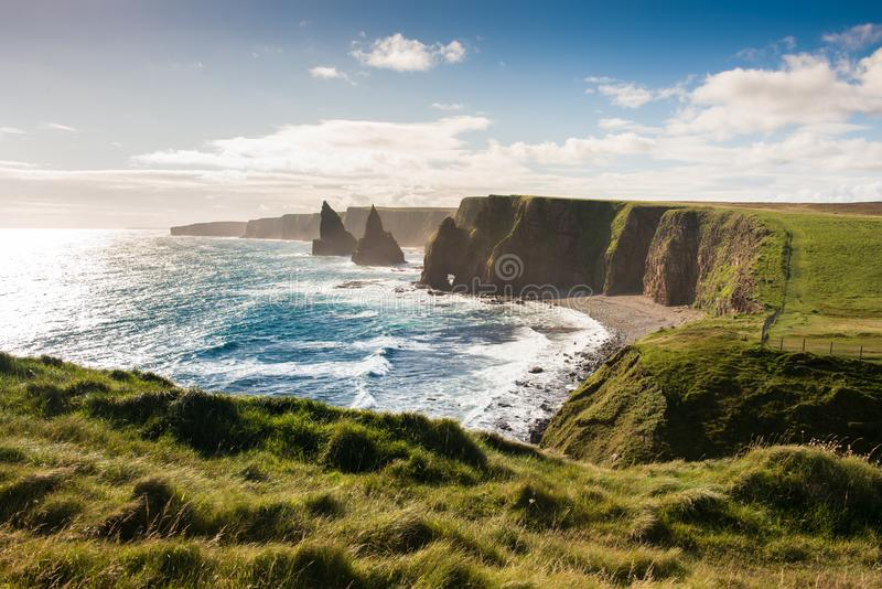 Rocas apiladas, Escocia septentrional fotografía de archivo