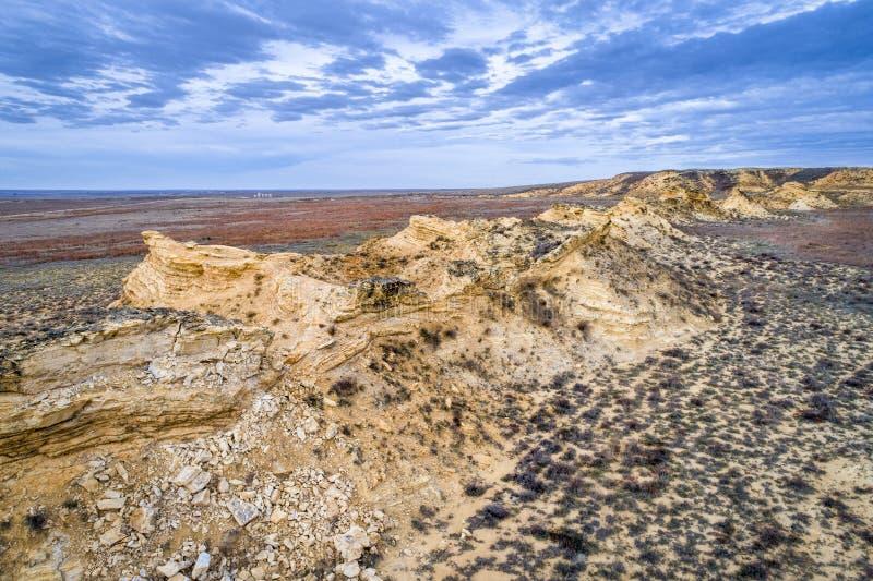 Rocas del monumento en la pradera occidental de Kansas imagen de archivo