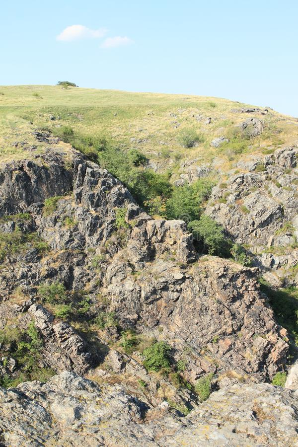 Rocas en Divoka Sarka en Praga fotos de archivo libres de regalías