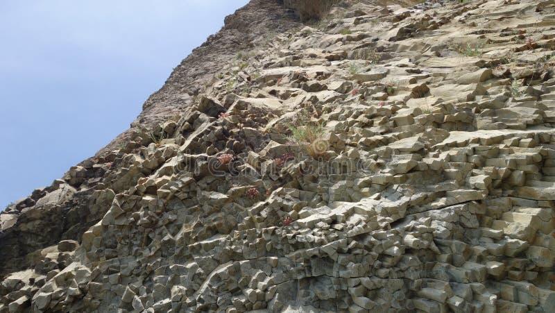 Rocas en el cabo Fiolent, del origen volcánico imágenes de archivo libres de regalías