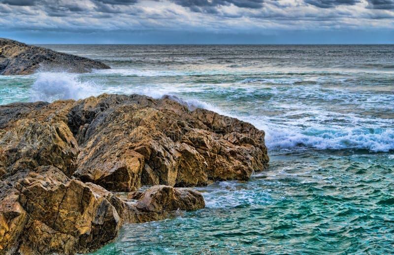 Rocas en el mar fotografía de archivo