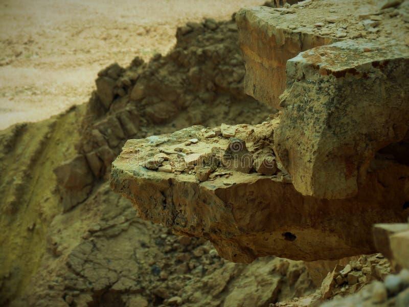 Rocas fuertes en Mitzpeh Ramón fotos de archivo