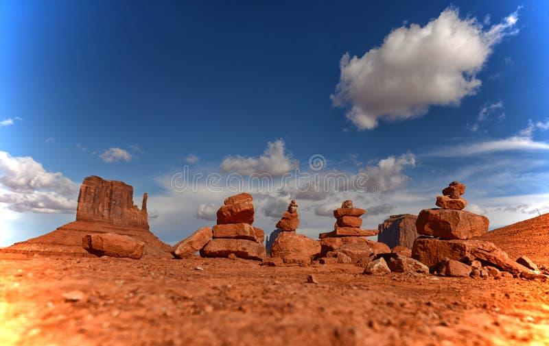 Rocas o mojones del rezo en valle del monumento fotografía de archivo
