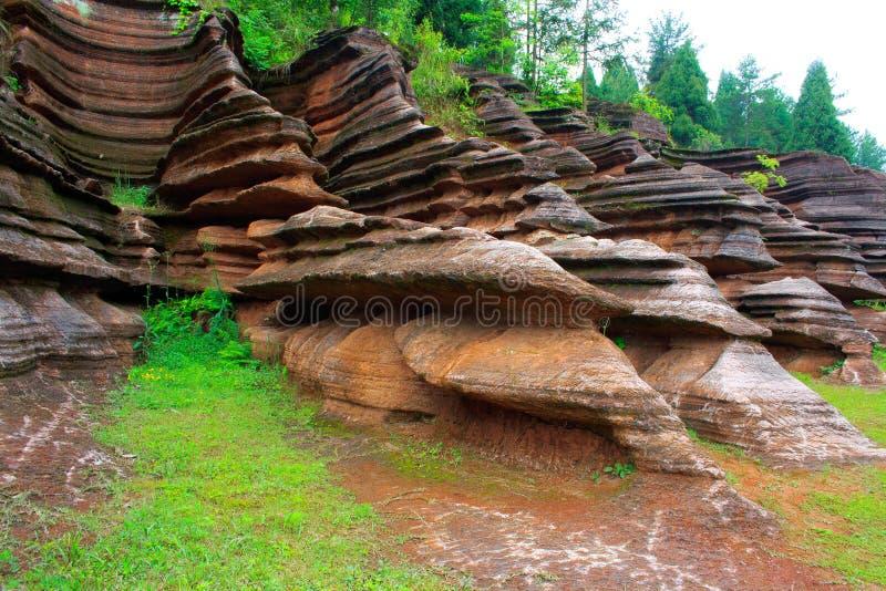 Rocas rojas de Zhangjiajie. imágenes de archivo libres de regalías