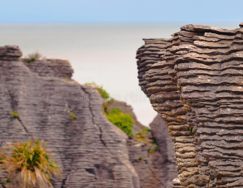 Rocas sedimentarias Nueva Zelanda fotografía de archivo libre de regalías