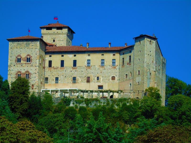 Rocca Borrromea, Angera fotografia stock libera da diritti