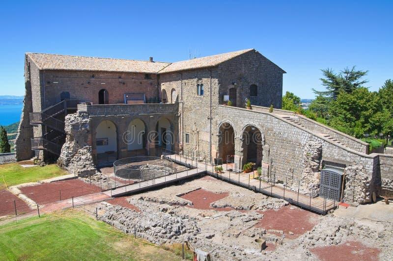 Rocca dei Papi. Montefiascone. Lazio. Italien. royaltyfri bild