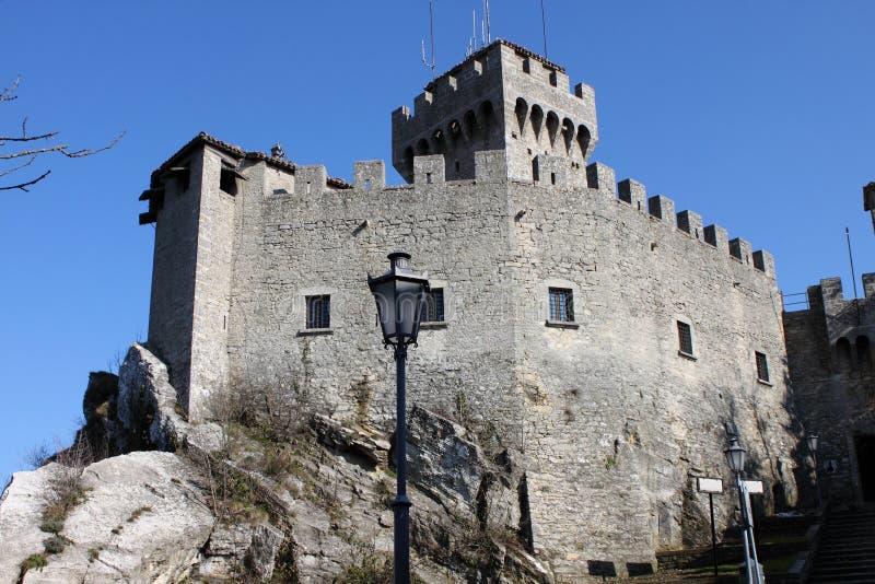 Rocca della Guaita i San Marino Republic royaltyfri fotografi