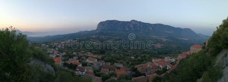 Roccagloriosa - Overzicht van Belvedere stock afbeeldingen
