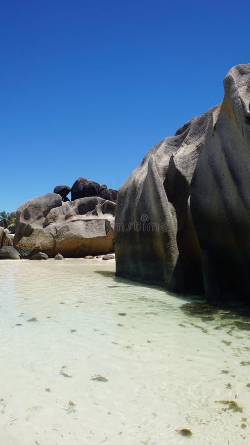 Rocce del granito nel paradiso immagini stock libere da diritti