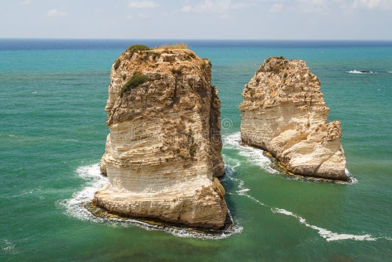 Rocce del piccione a Beirut fotografia stock