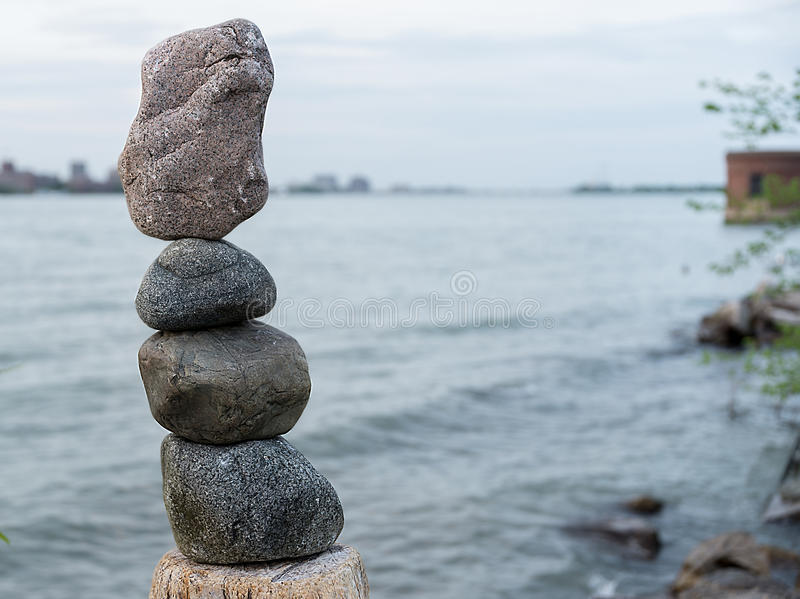Rocce dell'equilibrio fotografia stock