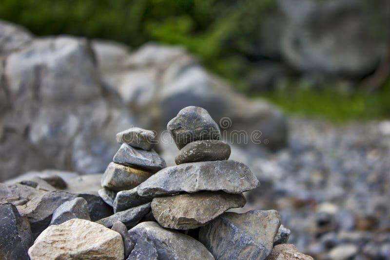 Download Rocce impilate dal lago fotografia stock. Immagine di grigio - 55355004