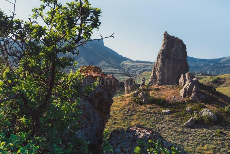 Rocce nelle montagne fotografia stock
