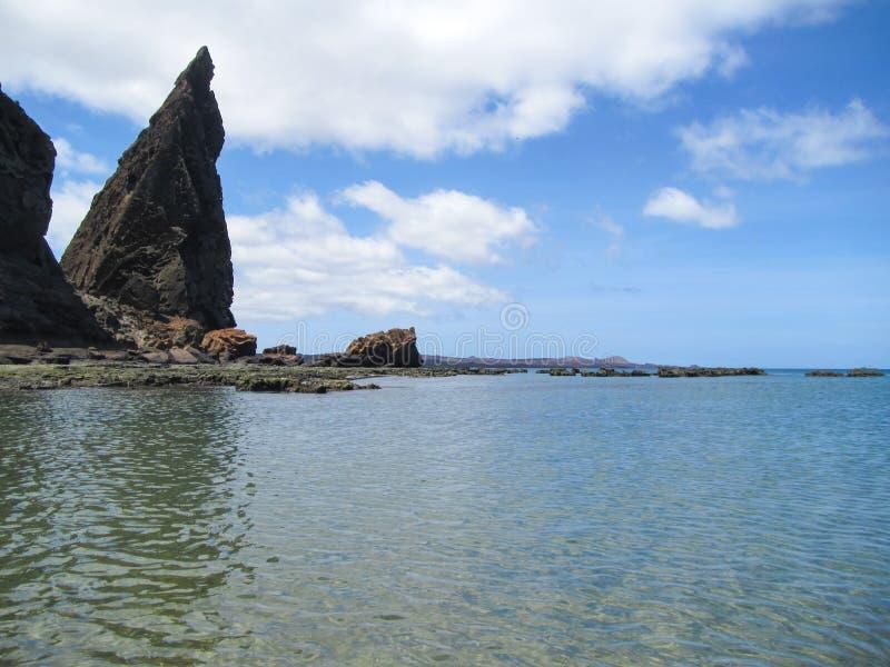 Roccia del culmine, isola di Bartolome, arcipelago di Galapagos immagine stock libera da diritti