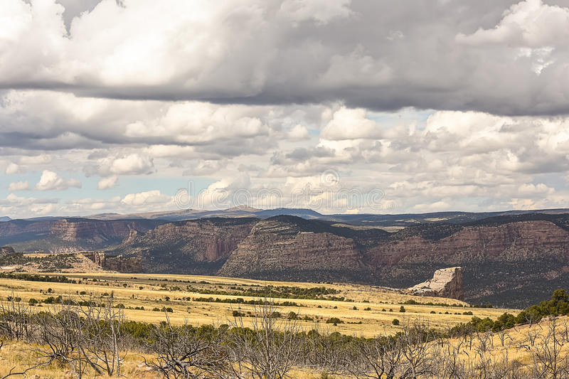 Roccia del mucchio di fieno in Colorado di nord-ovest immagini stock