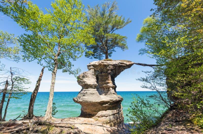 Roccia della cappella al cittadino rappresentato delle rocce Lakeshore, il Michigan fotografie stock