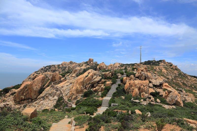 Roccia della scogliera nella costa dell'isola di meizhou fotografie stock libere da diritti