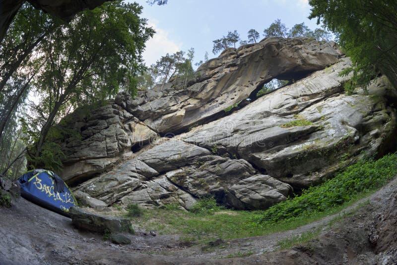 Roccia di Hawkeye in Carpathians immagine stock