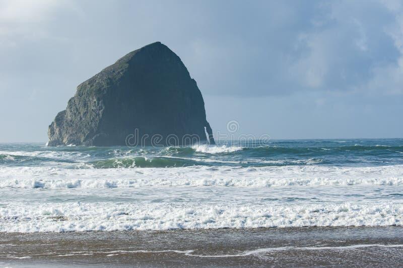 Roccia di Kiawanda del capo vicino alla città pacifica Oregon fotografia stock libera da diritti