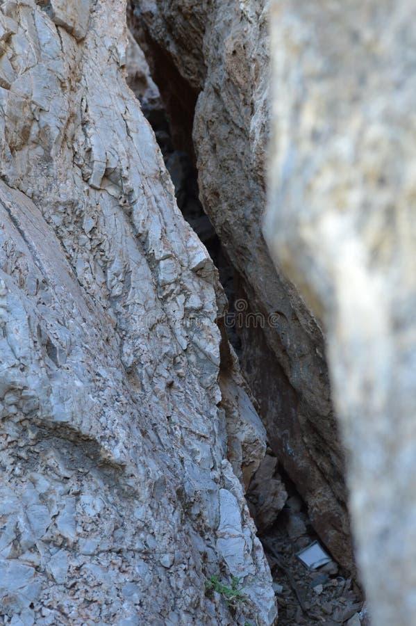 A rocha balança a escalada de pedra da textura imagens de stock