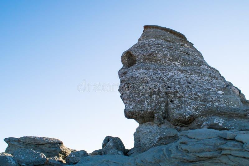 A rocha da esfinge, montanhas de Bucegi, Romênia imagem de stock