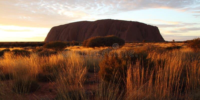 Rocha de Ayers (Uluru) em Austrália foto de stock royalty free