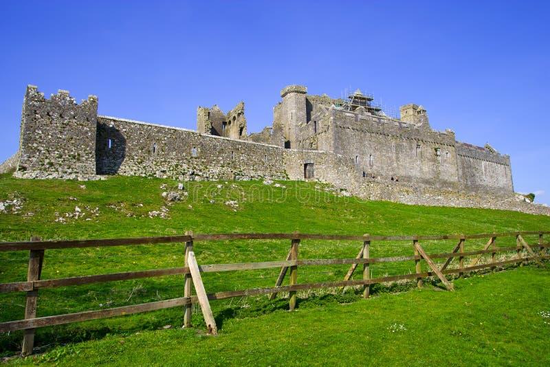 Rocha de Cashel em Ireland foto de stock royalty free