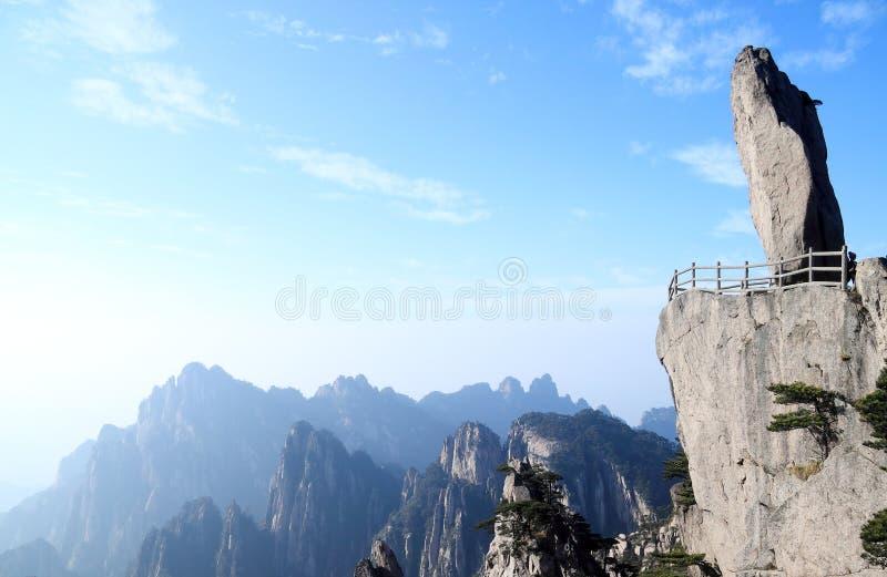 Rocha de Feilai na montanha de Huangshan imagem de stock royalty free