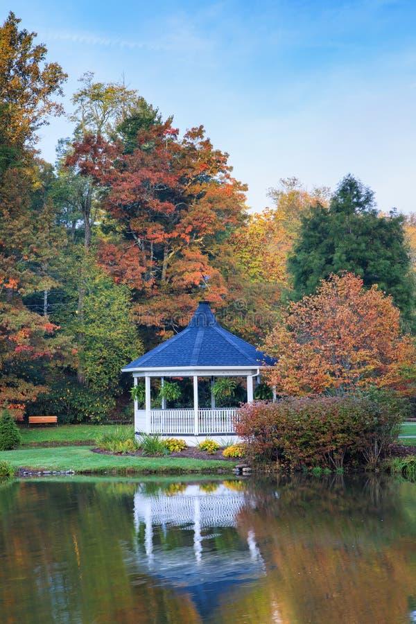 Rocha de sopro Carolina Broyhill Park Autumn norte imagens de stock