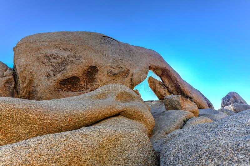 Rocha do arco - Joshua Tree National Park fotografia de stock royalty free