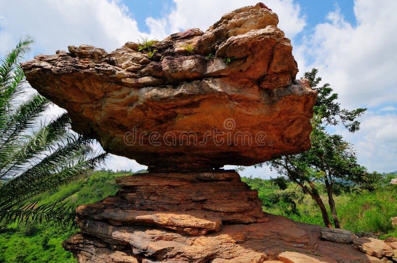 Rocha do guarda-chuva no distrito de Yilo Krobo, fora de Accra, Ghan imagem de stock