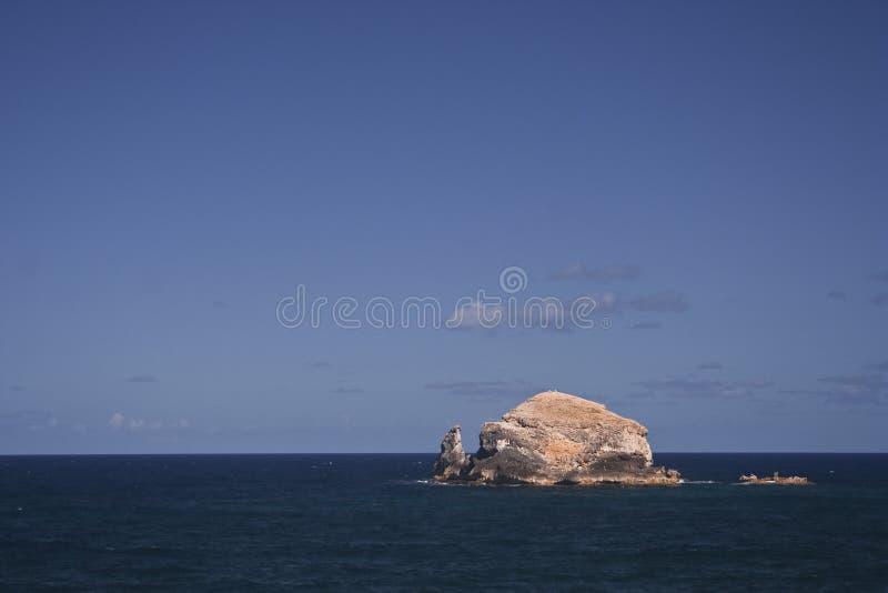 Rocha e oceano fotos de stock royalty free
