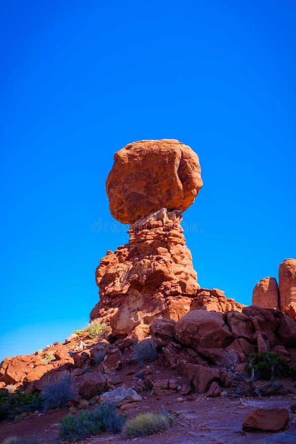 Rocha equilibrada nos arcos parque nacional, Utá, EUA fotografia de stock royalty free