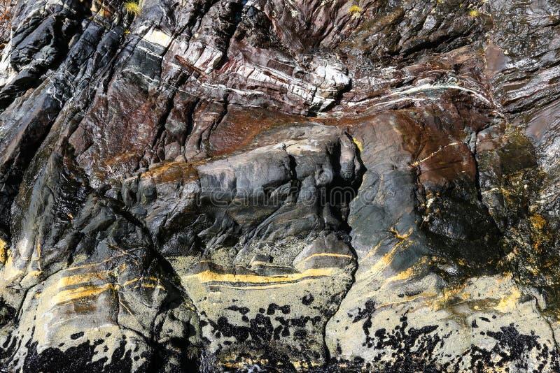 Rocha mineral em Milford Sound imagem de stock royalty free