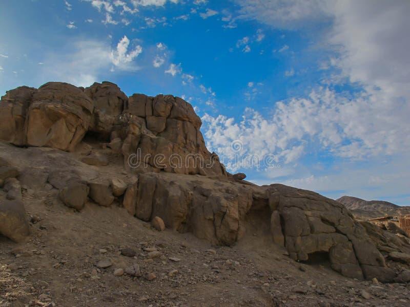 Rocha no deserto, Egito imagem de stock royalty free