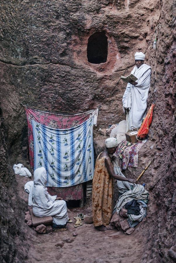 Rocha ortodoxo antiga famosa igrejas desbastadas do lalibela Etiópia foto de stock royalty free