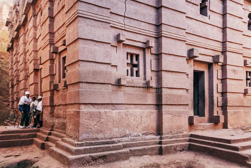 Rocha ortodoxo antiga famosa igrejas desbastadas do lalibela Etiópia imagens de stock royalty free