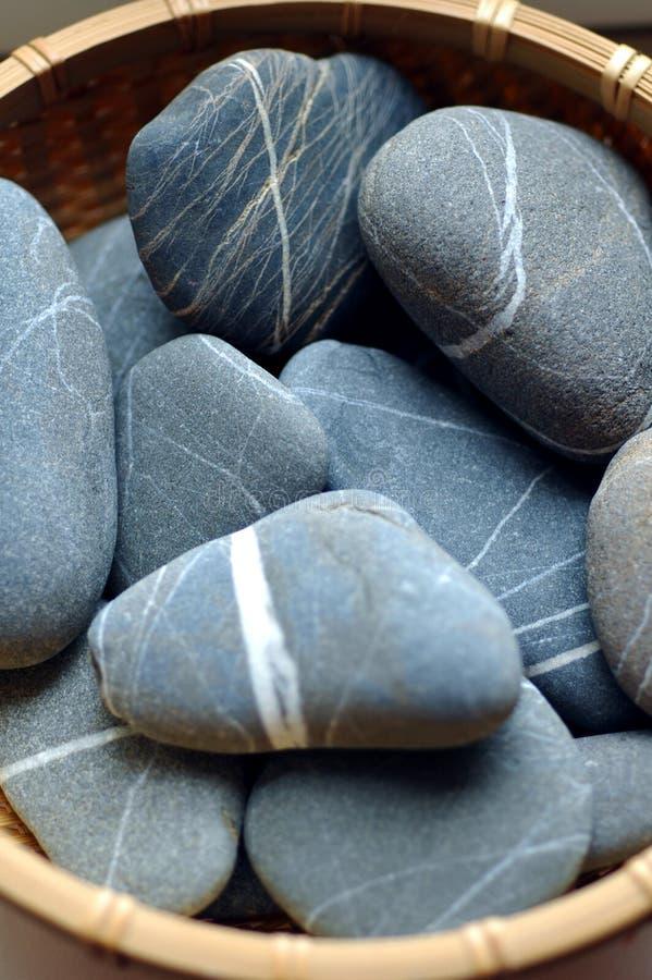 Download Rochas foto de stock. Imagem de cinzento, escuro, pedra - 537562