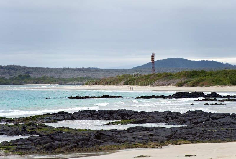 Rochas da lava na costa fotografia de stock
