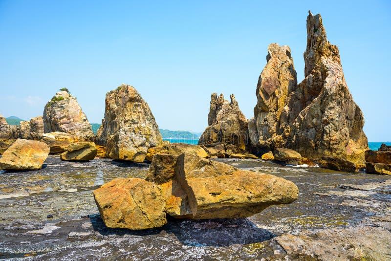 Rochas de Kushimoto Japão imagem de stock