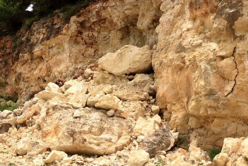 Rochas de queda do perigo na Creta, Grécia, Europa fotografia de stock