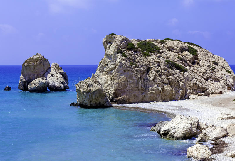 Rochas do Aphrodite, Paphos, Chipre imagens de stock
