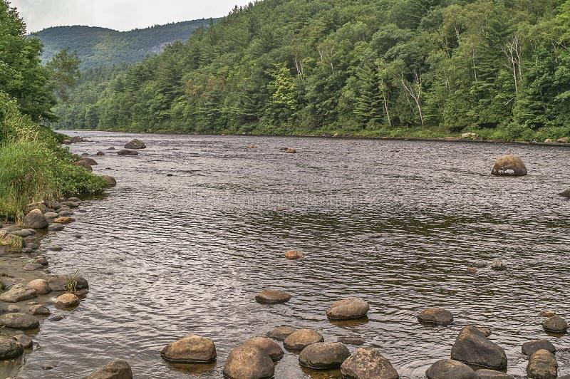 Rochas em Hudson River imagem de stock