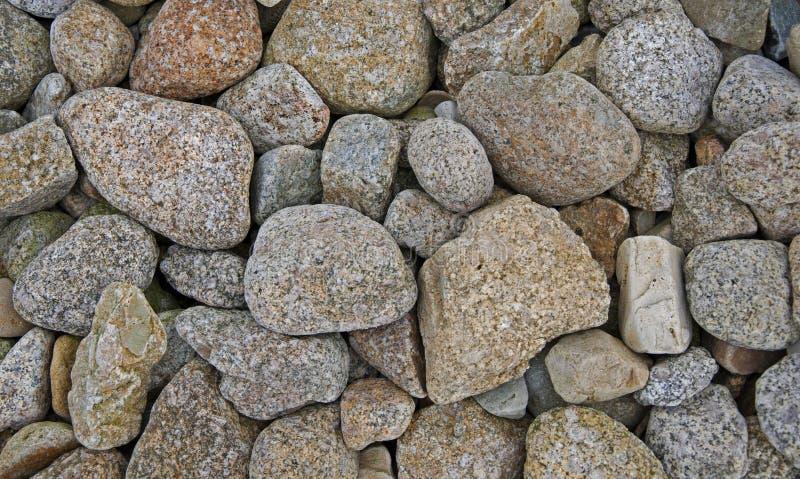 Rochas em uma praia irlandesa imagem de stock royalty free