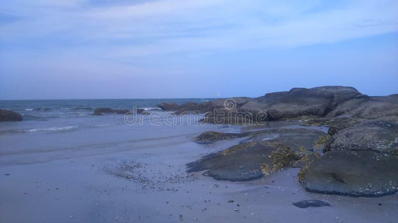 Rochas na praia fotos de stock royalty free