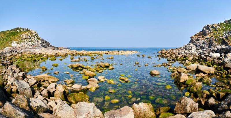 Rochas no beira-mar das ilhas de Cies Espanha de Vigo, Pontevedra fotos de stock